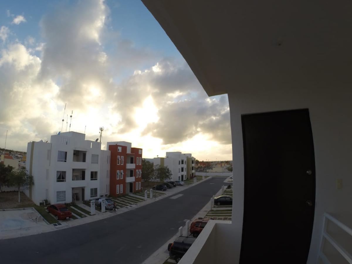 Foto Departamento en Renta en  Playa del Carmen,  Solidaridad  DEPARTAMENTO AMUEBLADO EN RENTA EN PLAYA DEL CARMEN EN MISION DE LAS FLORES