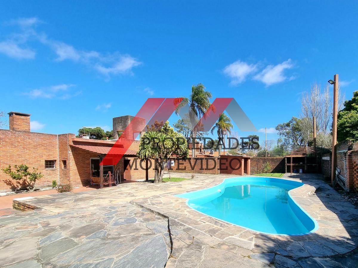 Foto Casa en Venta en  El Pinar ,  Canelones  El Pinar, Perez Butler