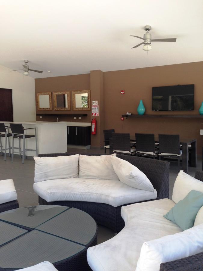 Foto Departamento en Venta en  San Rafael,  Escazu  Apartamento en Escazu/ Jardín/ Línea Blanca