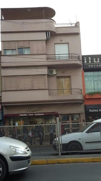 Foto Departamento en Venta en  Lomas de Zamora Oeste,  Lomas De Zamora  H. YRIGOYEN 9000