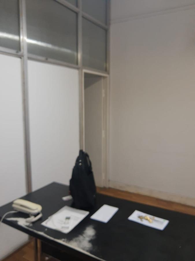 Foto Oficina en Alquiler en  Microcentro,  Centro (Capital Federal)  Florida 259, piso 3 OFI al 300