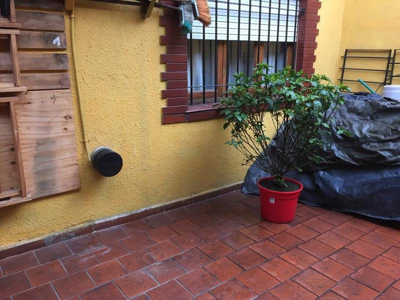 Foto PH en Venta en  Remedios De Escalada,  Lanús  CENTENARIO URUGUAYO 3538 PB 5