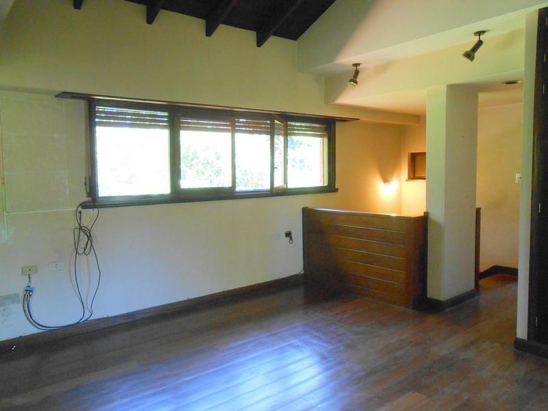Foto Casa en Venta en  Grosellar,  Mar Del Plata  Zacagnini y Carballo