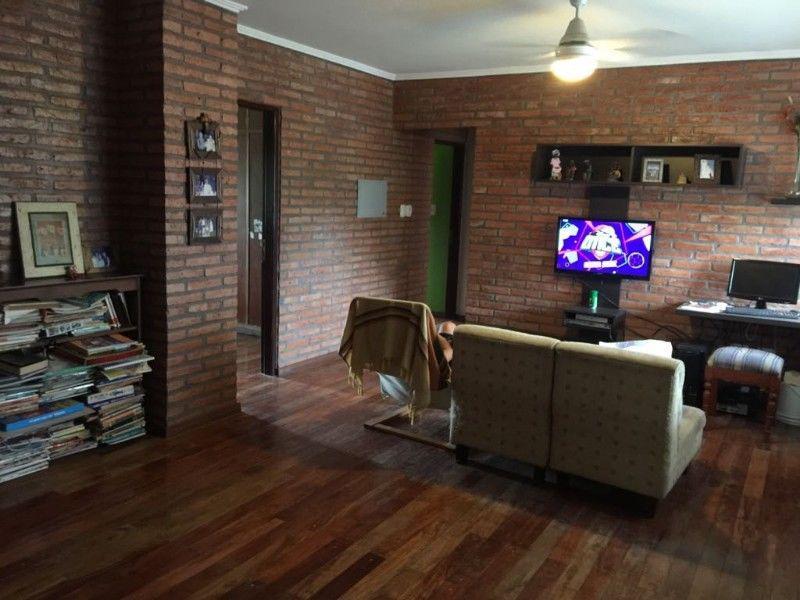 Foto Casa en Venta en  Yerba Buena ,  Tucumán  Av Peron y Bascary