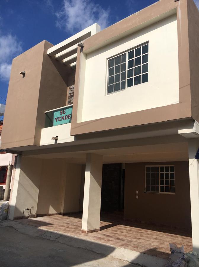 Foto Casa en Venta |  en  Universidad Poniente,  Tampico  Universidad Poniente