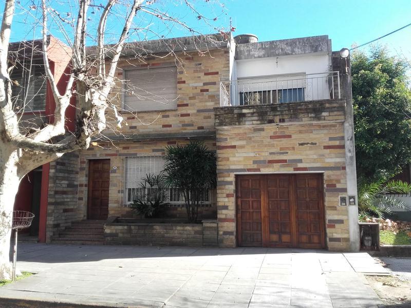 Foto Casa en Alquiler en  San Miguel ,  G.B.A. Zona Norte  Italia y D´elia