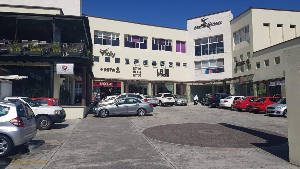 Foto Local en Renta en  Indeco Animas,  Xalapa  Local en renta en Xalapa Veracruz en Plaza Araucarias Planta Baja