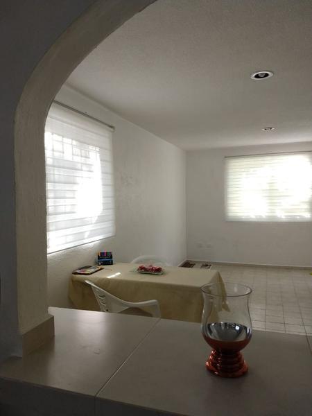 Foto Departamento en Venta en  Supermanzana 38,  Cancún  Departamento SM 38 Los Almendros.