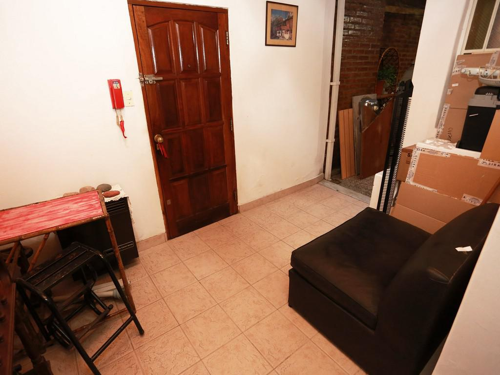 Foto PH en Venta en  San Telmo ,  Capital Federal  Chacabuco al 600
