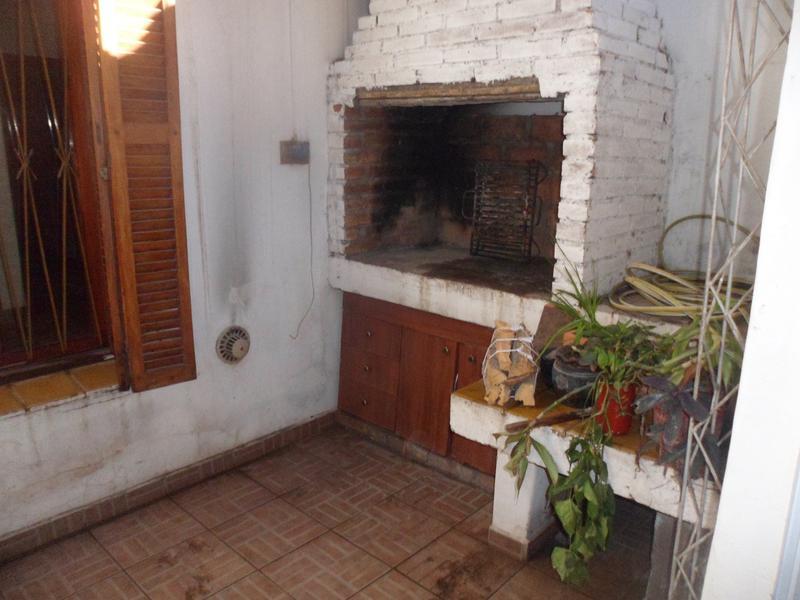 Foto Casa en Venta en  Capital ,  San Juan  LAPRIDA al 700