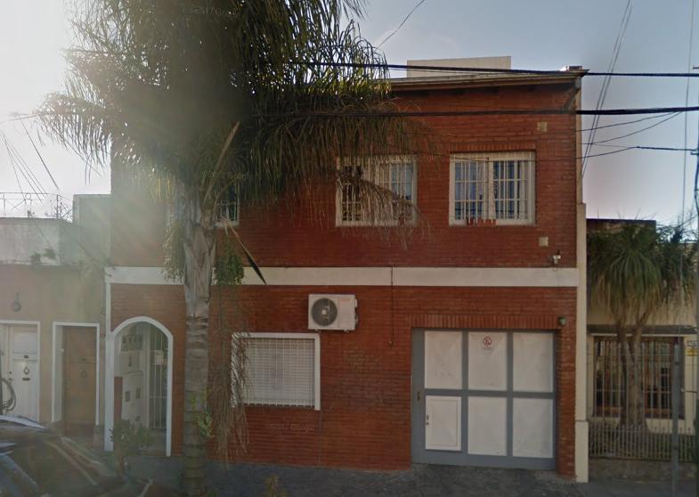 Foto Departamento en Alquiler en  Lomas De Zamora ,  G.B.A. Zona Sur  RIVERA 781 PB