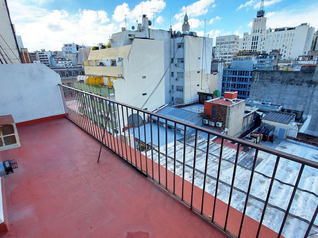 Foto Departamento en Alquiler en  Monserrat,  Centro (Capital Federal)  Moreno al 400