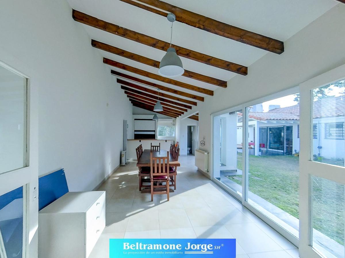 Foto Casa en Venta en  Alberdi,  Rosario  Castagnino al 400