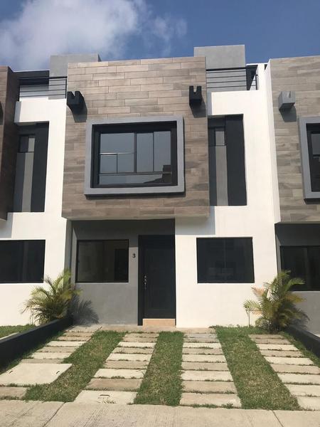 Foto Casa en Venta |  en  Del Bosque,  Tampico  Casas en Venta Fracc. Real del Bosque Col. Del Bosque
