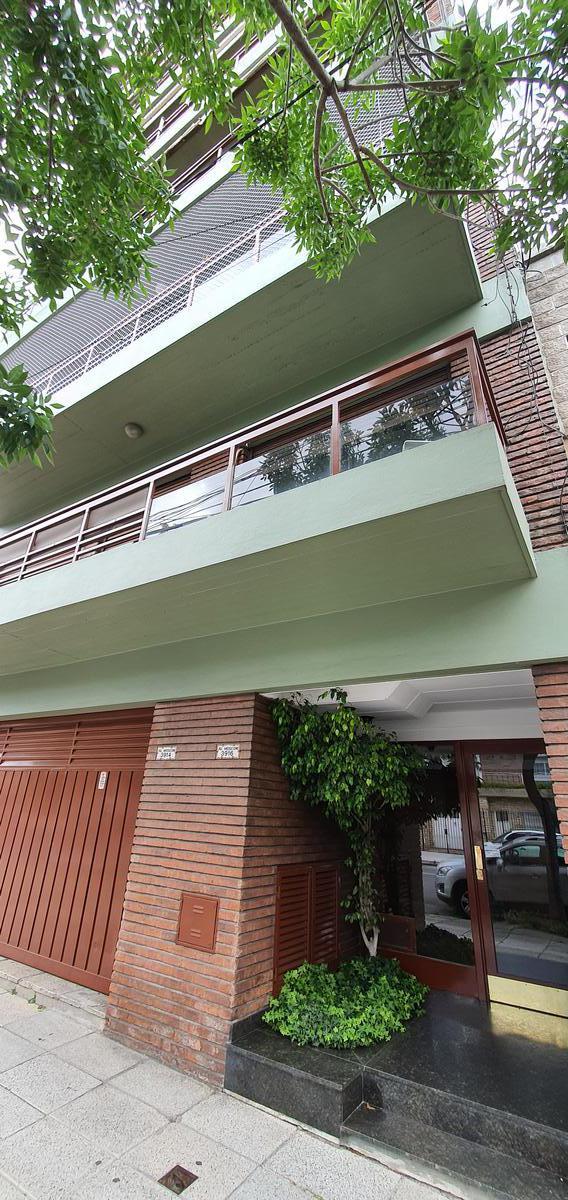Foto Departamento en Venta en  Villa Devoto ,  Capital Federal  Av Mosconi al 3900