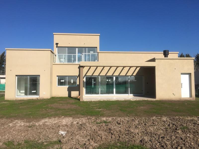 Foto Casa en Venta en  Santa Ines,  Countries/B.Cerrado (Lujan)  LOTE al 100 SANTA INES