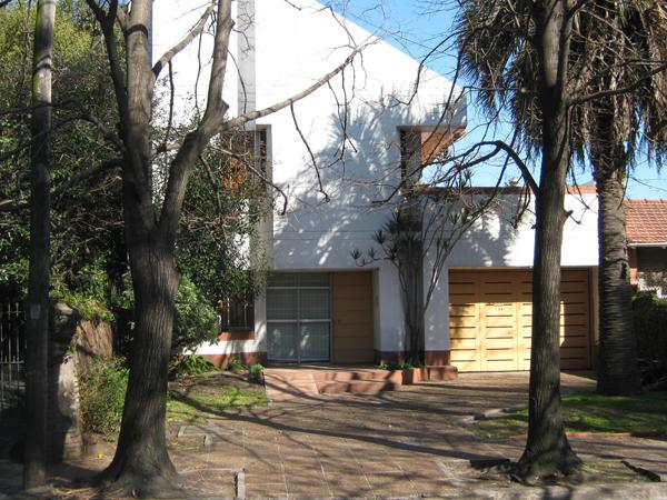 Foto Casa en Venta en  Adrogue,  Almirante Brown  SOMELLERA nº 766, entre Spiro y Nother (Retasada)