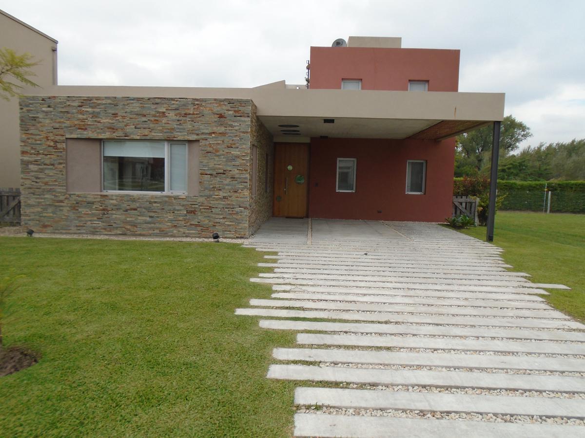 Foto Casa en Venta en atahualpa 5 , Moreno | Countries/B.Cerrado (Moreno) | Haras Maria Victoria