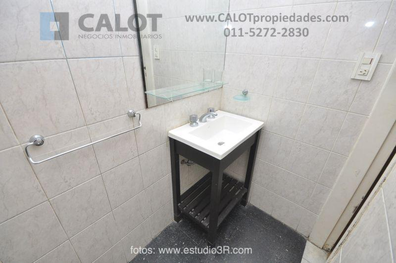 Foto Departamento en Alquiler temporario en  Recoleta ,  Capital Federal  PUEYRREDON 1700 PB