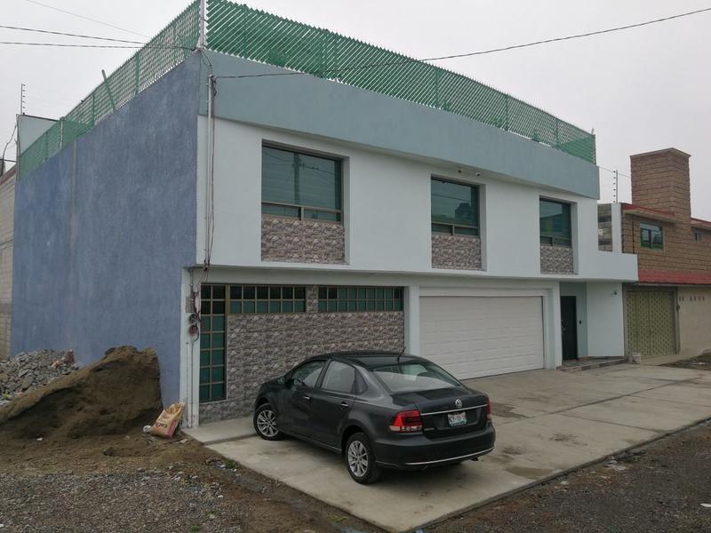 Foto Casa en Venta en  San Felipe Tlalmimilolpan,  Toluca  Casa en Venta, San Felipe Tlalmimilolpan,