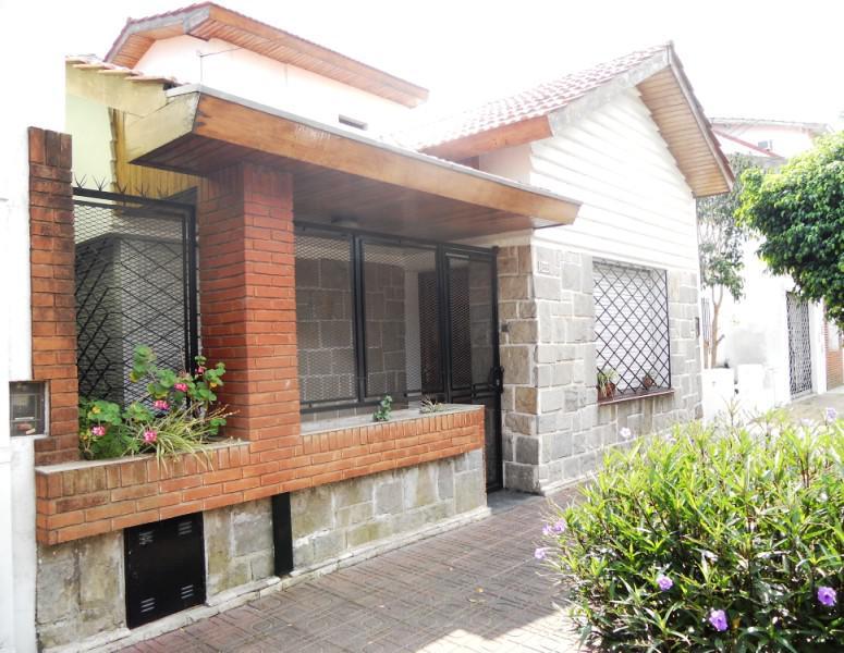 Foto Casa en Venta en  Carapachay,  Vicente Lopez  Navarro al 5800