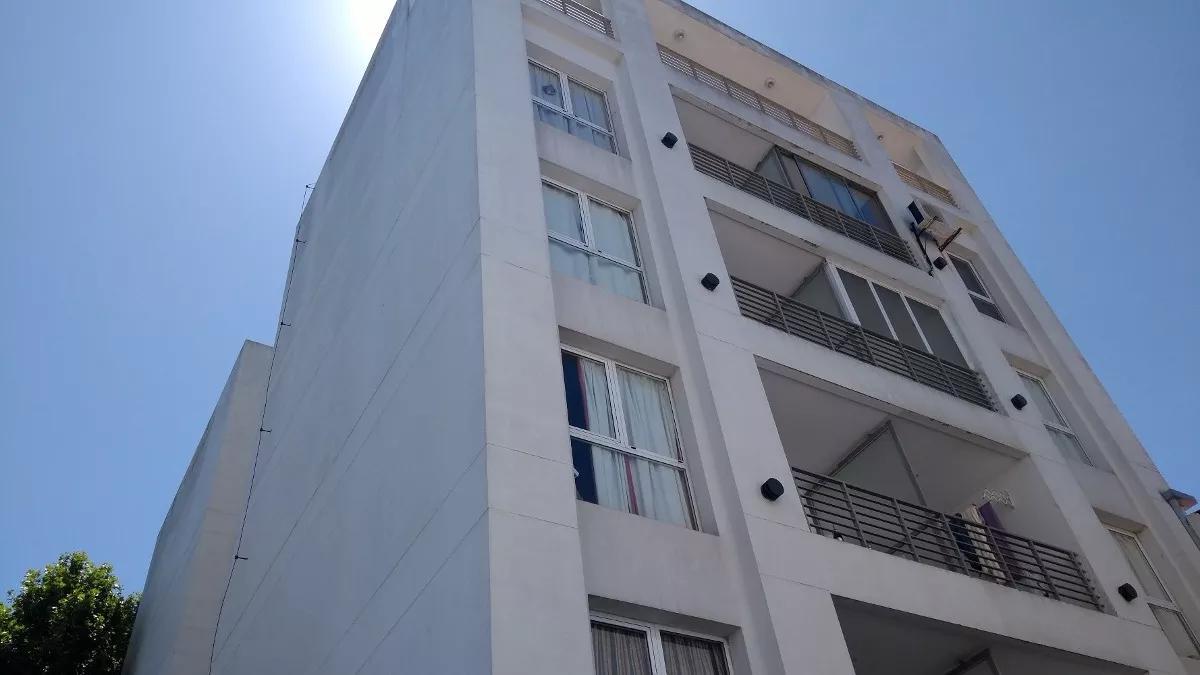 Foto Departamento en Venta en  La Plata ,  G.B.A. Zona Sur  1 e/ 64 y 65