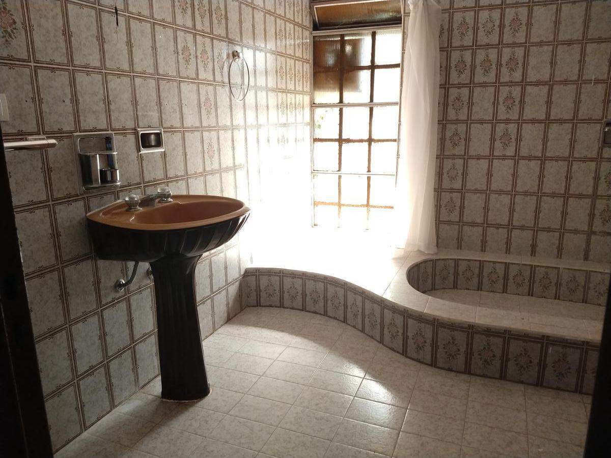 Foto Casa en Venta en  Zona Sur,  Rosario  Pasaje Arengo al 4200