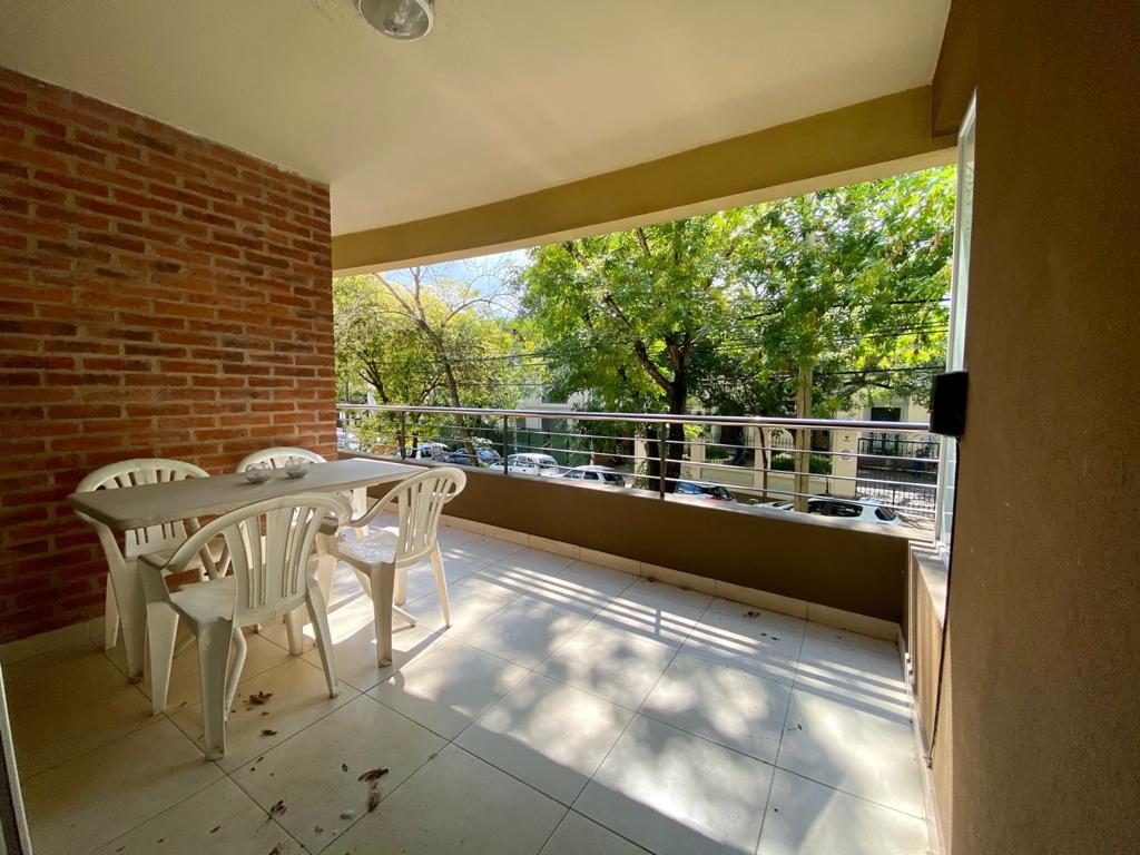 Foto Departamento en Venta en  S.Isi.-Vias/Libert.,  San Isidro  Leandro N. Alem al 300