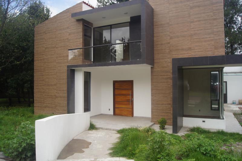 Foto Casa en Venta en  Puerta del Carmen,  Ocoyoacac  Puerta de Carmen Estrena Lujosa Residencia