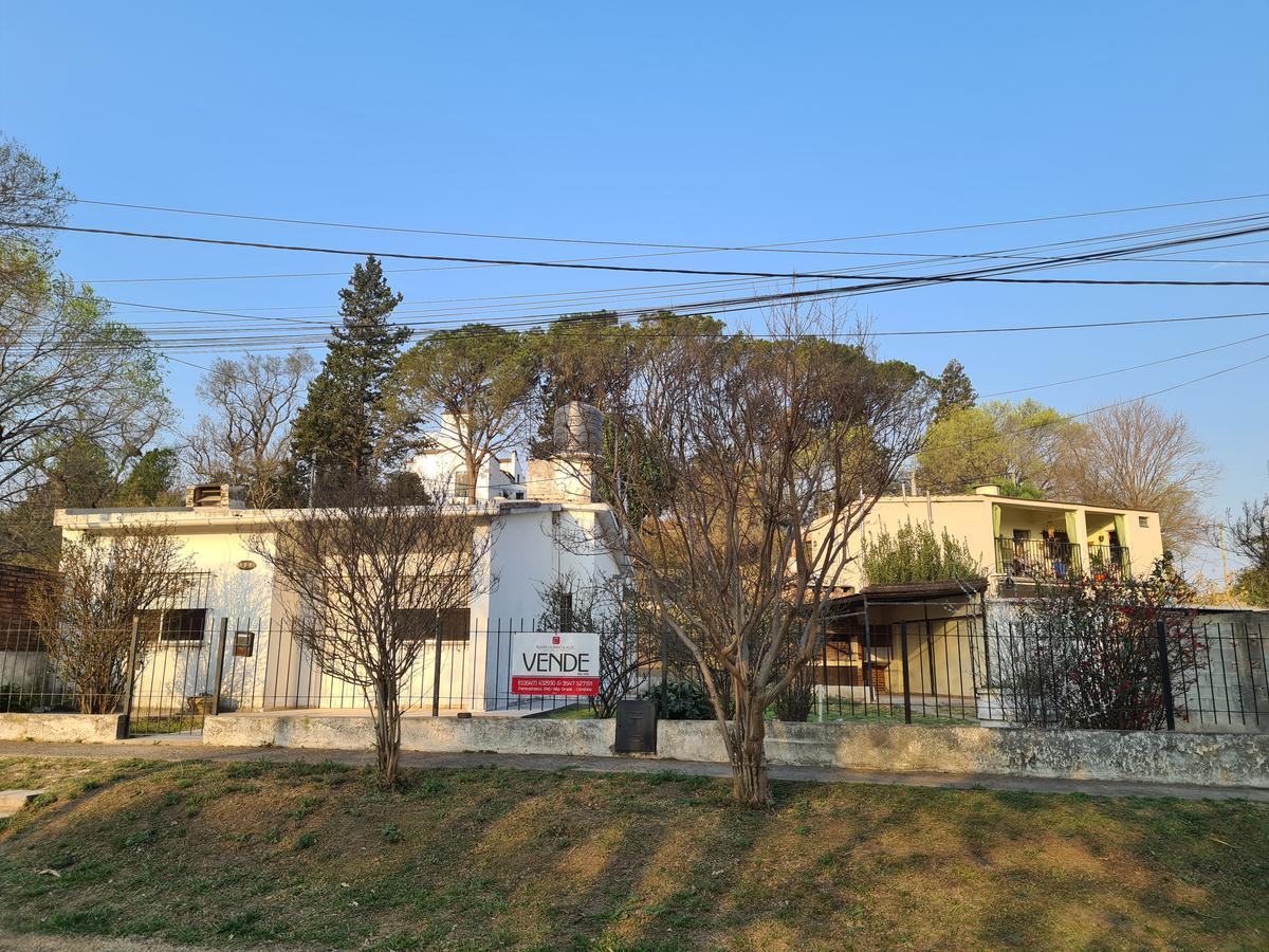 Foto Casa en Venta en  Alta Gracia,  Santa Maria   Bº El golf Alta Gracia - 2 Dormitorios -