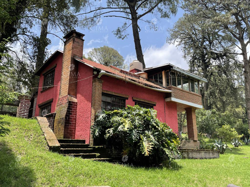 Foto Casa en Venta en  Huitzilac ,  Morelos  CASA EN VENTA, ESTILO CABAÑA EN  FRACCIONAMIENTO SIERRA ENCANTADA, HUITZILAC - V214