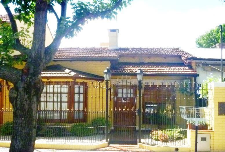 Foto Casa en Venta en  Carapachay,  Vicente Lopez  Cajaraville al 3600