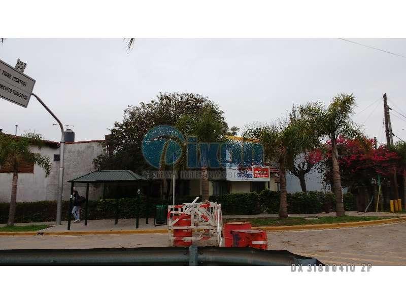 Foto Terreno en Venta en  Ciudad De Tigre,  Tigre  CASA PARA DEMOLER TOSCANINI al 200 IDELA COMERCIAL