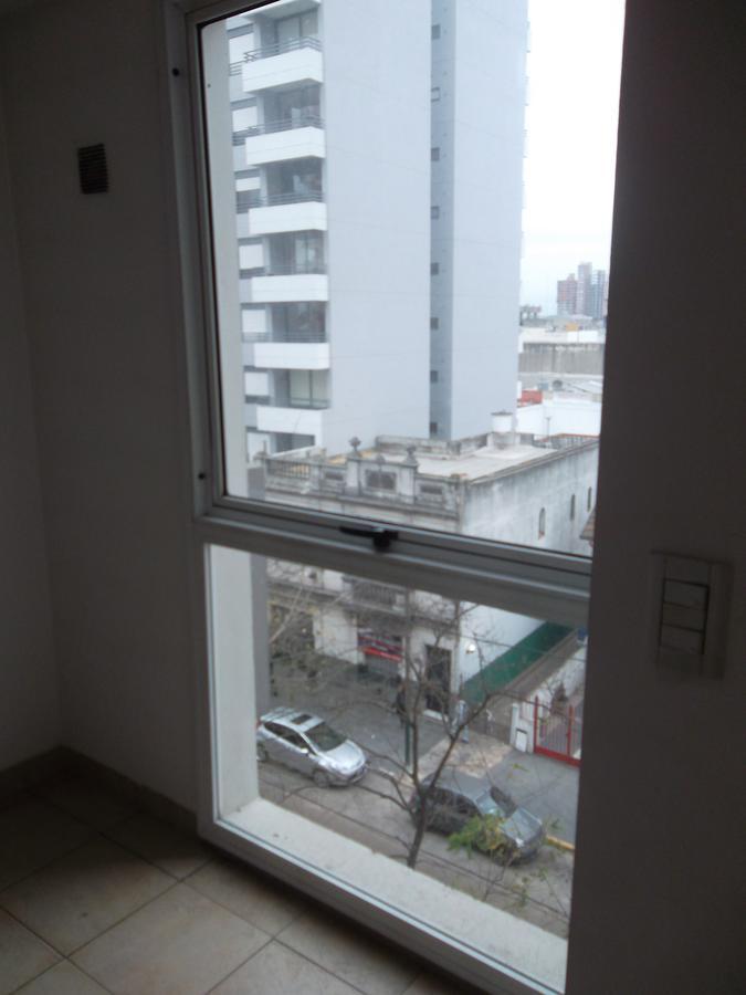 Foto Departamento en Venta en  Lomas De Zamora ,  G.B.A. Zona Sur  Sarmiento 75  7A