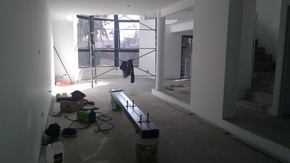 Foto Casa en Venta en  Jorge Cura,  Rosario  Alvear 3400
