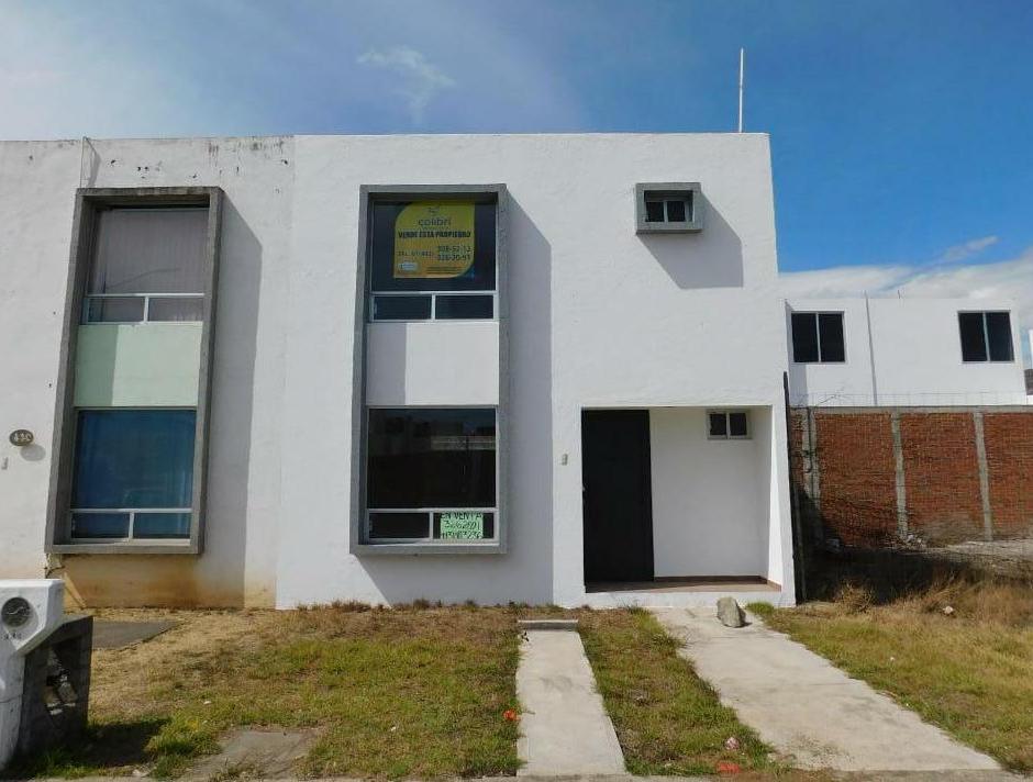Foto Casa en Venta en  Fraccionamiento Agua Nueva,  Morelia  FRACC. AGUA NUEVA