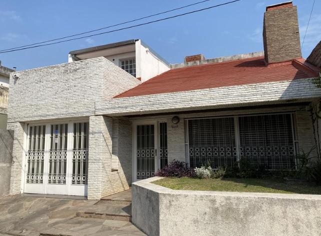 Foto Casa en Venta en  Rosario,  Rosario  Pasaje  Ghiglione  4500