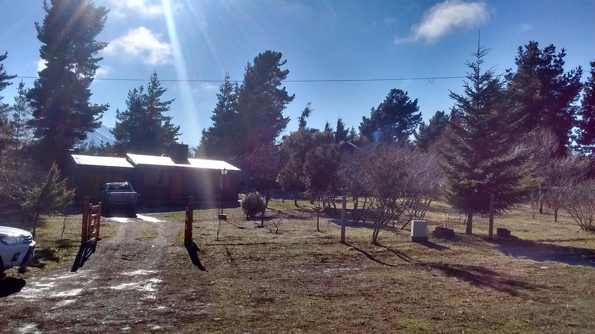 Foto Casa en Venta en  Epuyen,  Cushamen          Av. Los Condores