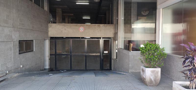 Foto Cochera en Alquiler   Venta en  Wilde,  Avellaneda  Raquel Español 64