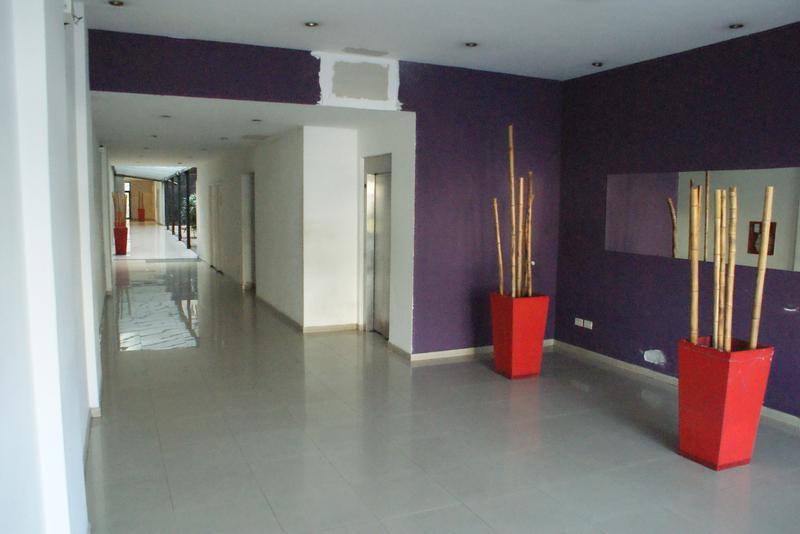 Foto Departamento en Alquiler temporario en  Monserrat,  Centro  Lima al 900