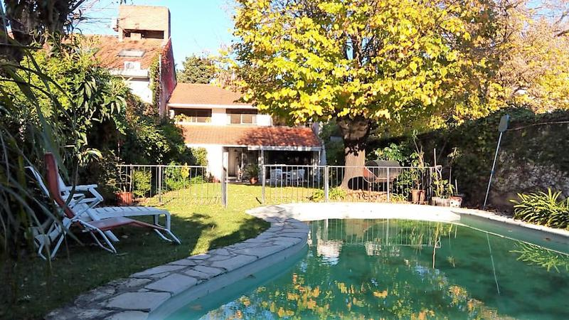 Foto Casa en Venta en  Las Lomas-Horqueta,  Las Lomas de San Isidro  Betbeder al 500