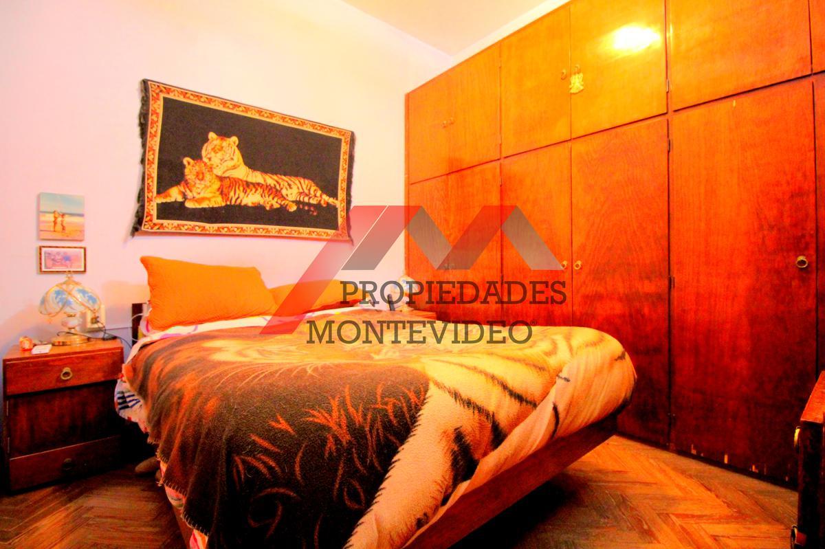 Foto Casa en Venta en  Buceo ,  Montevideo  Buceo, Lyon al 1600