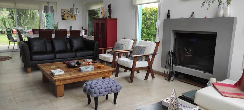 Foto Casa en Venta en  Barrio Don Joaquin,  Countries/B.Cerrado (Ezeiza)  Venta - Casa en Don Joaquín - ACEPTA PERMUTA