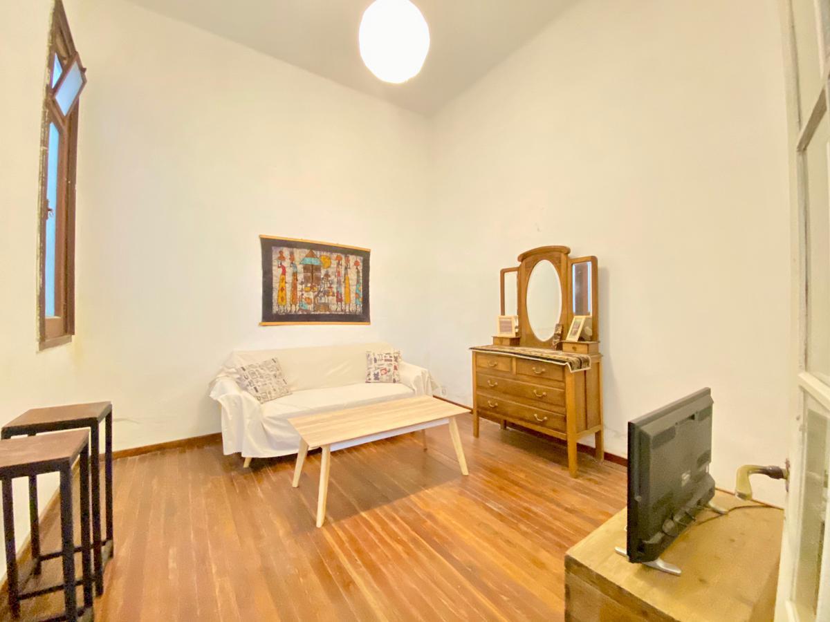 Foto Casa en Alquiler en  Centro (Montevideo),  Montevideo  Canelones al 900