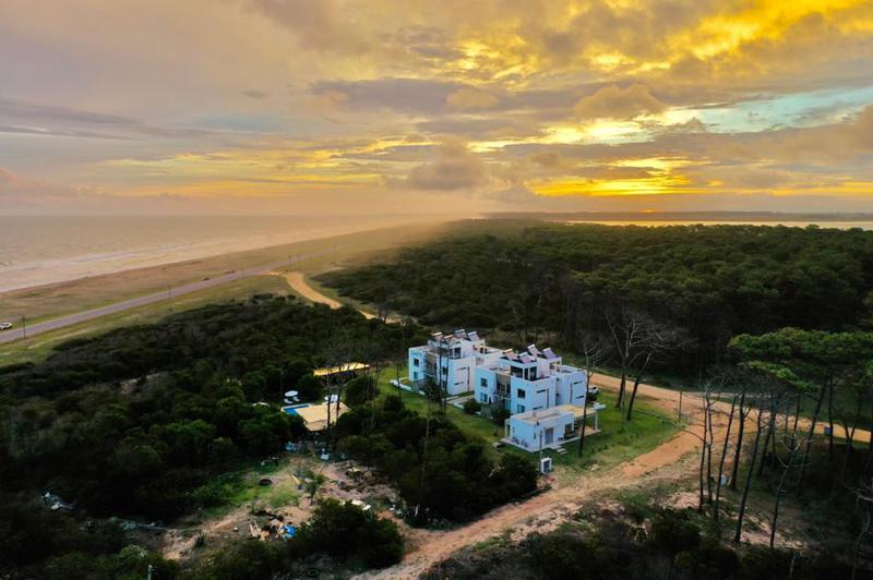 Foto Departamento en Venta en  Punta del Este ,  Maldonado  Pinar del Oriental - Uruguay