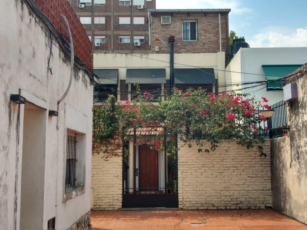 Foto Casa en Venta en  Rosario ,  Santa Fe  Pasco al 500