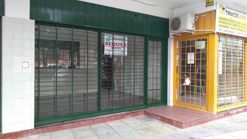 Foto Local en Alquiler en  Trelew ,  Chubut  Inmigrantes al 200