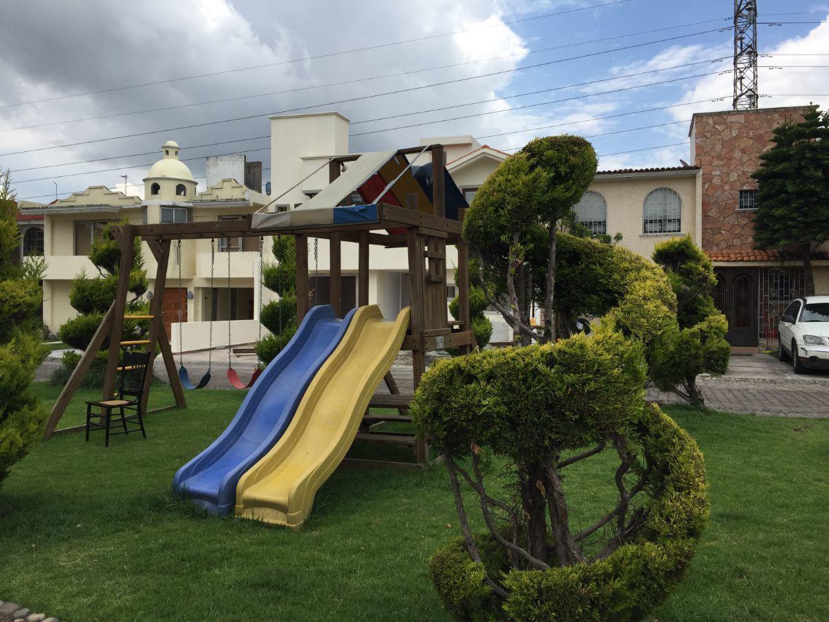 Foto Casa en condominio en Renta en  Jesús Jiménez Gallardo,  Metepec  CASA EN RENTA LAS GLORIAS METEPEC