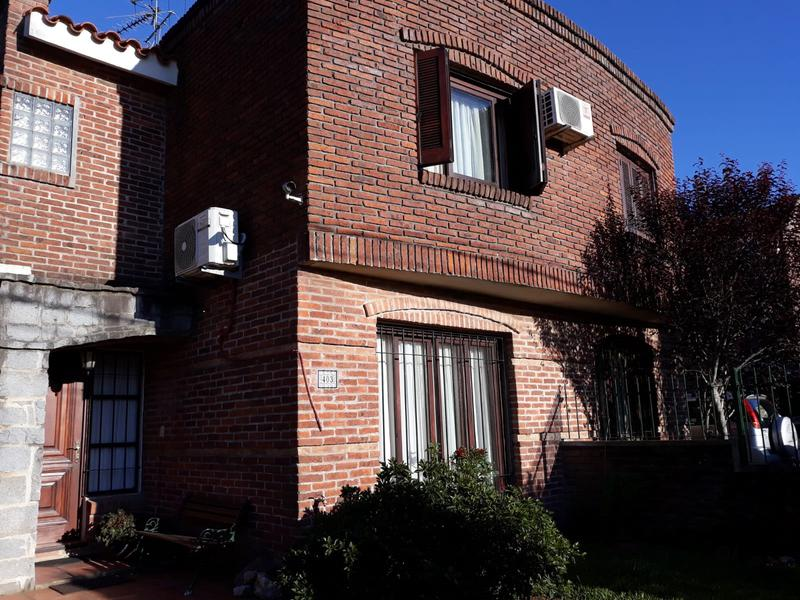 Foto Casa en Venta en  El Pinar ,  Canelones          PINAR   casa duplex, acepta préstamo