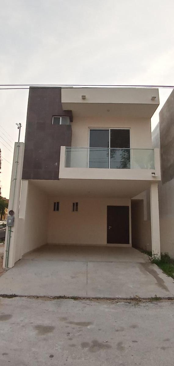 Foto Casa en Venta en  1ro de Mayo,  Ciudad Madero  Cómoda casa en venta en Col. 1ro de Mayo, Ciudad Madero